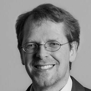 Dr. Magnus Buhlert Headshot