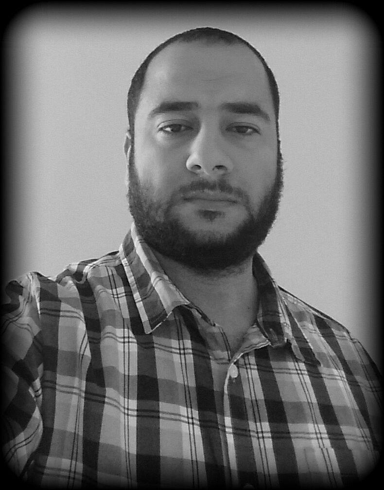 محمود أحمد عامر  Headshot