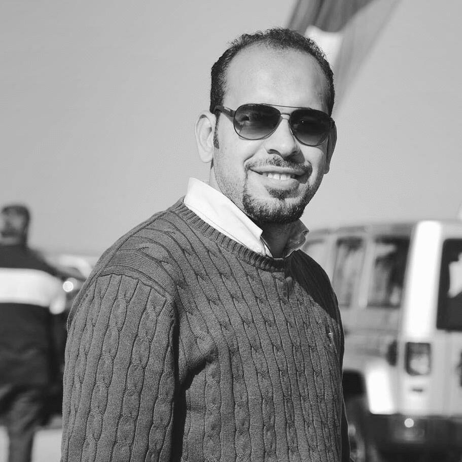 محمود خليفه السيد Headshot