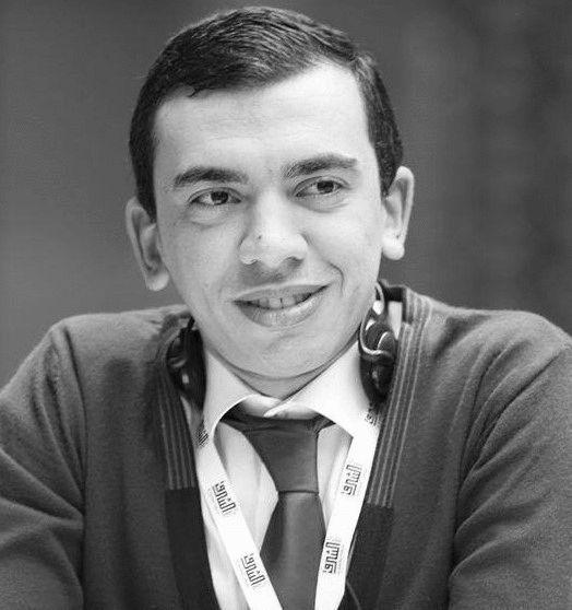 محمود شاهين Headshot