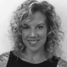 Marci Warhaft-Nadler Headshot