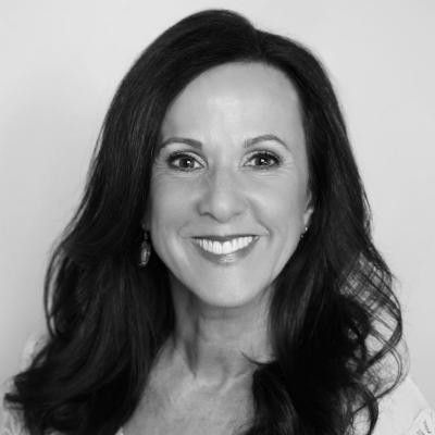 Marcia Wieder Headshot