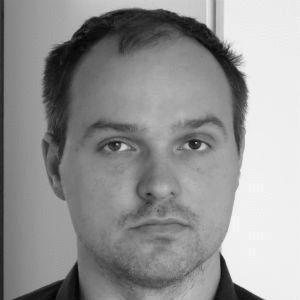Dr. Marcus Engler Headshot
