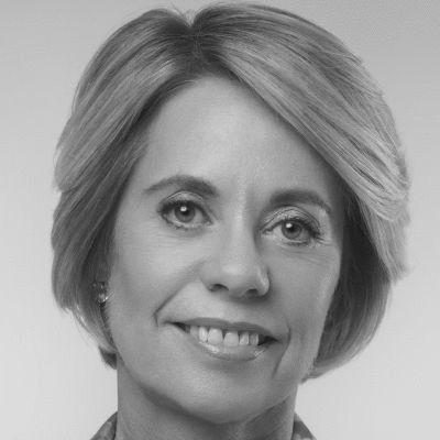 Margaret Moore Headshot
