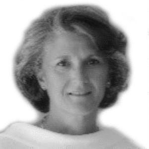 María de la Serna Ramos Headshot