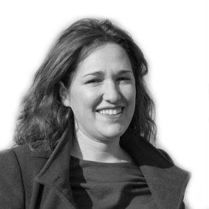 María Espinosa Llave Headshot
