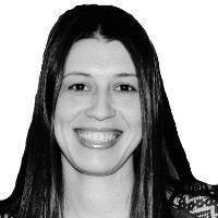 Μαρία Kαραπατσιά Headshot