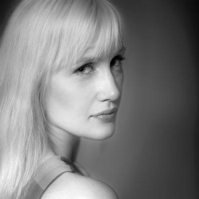 Maria Weickardt Headshot