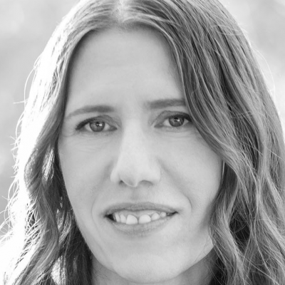 Marianne Schnall Headshot