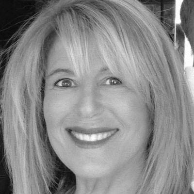Marjorie Hope Rothstein Headshot