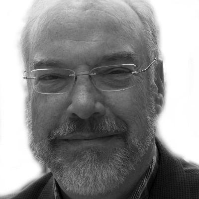 Mark Warr Headshot