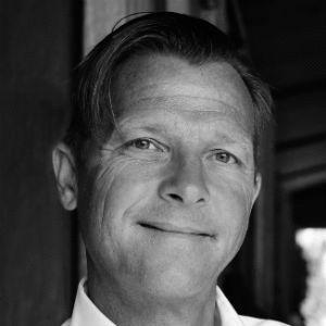 Prof. Dr. Martin-Niels Däfler Headshot