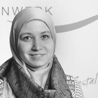 Maryam Kamil Abdulsalam Headshot