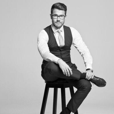 Mateusz Grzesiak Headshot