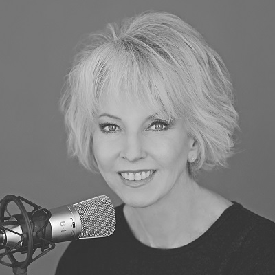 Maureen Anderson Headshot