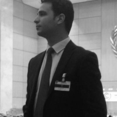 Mehdi B'chir Headshot