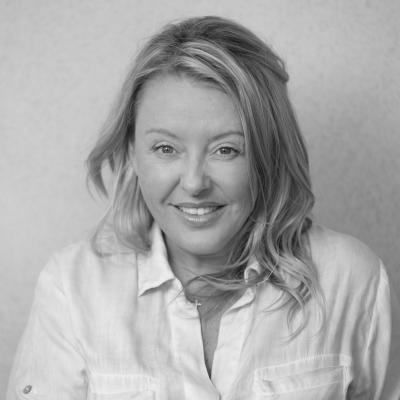 Melanie Sheppard Headshot