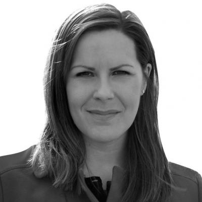 Melanie Ward Headshot