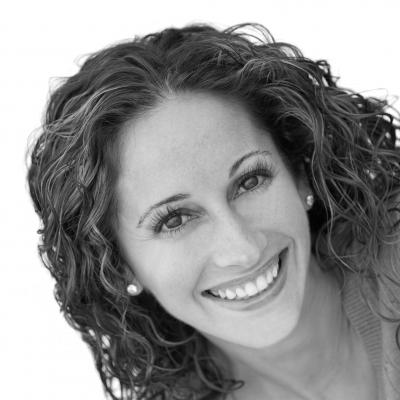 Melissa Bowers Headshot