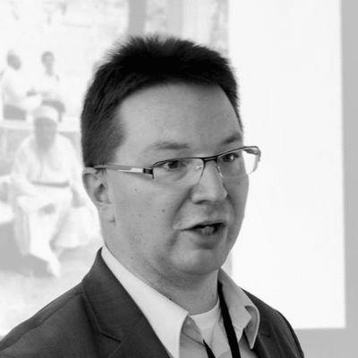 Dr. Michael Blume Headshot