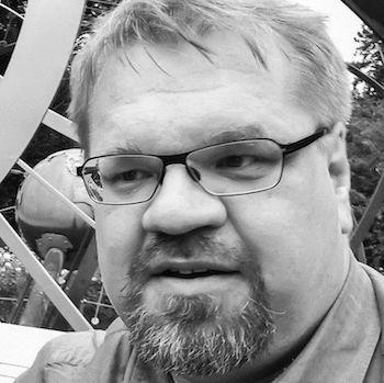 Michael Ohlhus-Molthagen Headshot