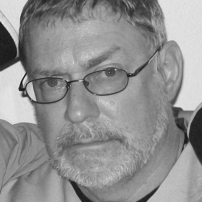 Michael Vlahos Headshot