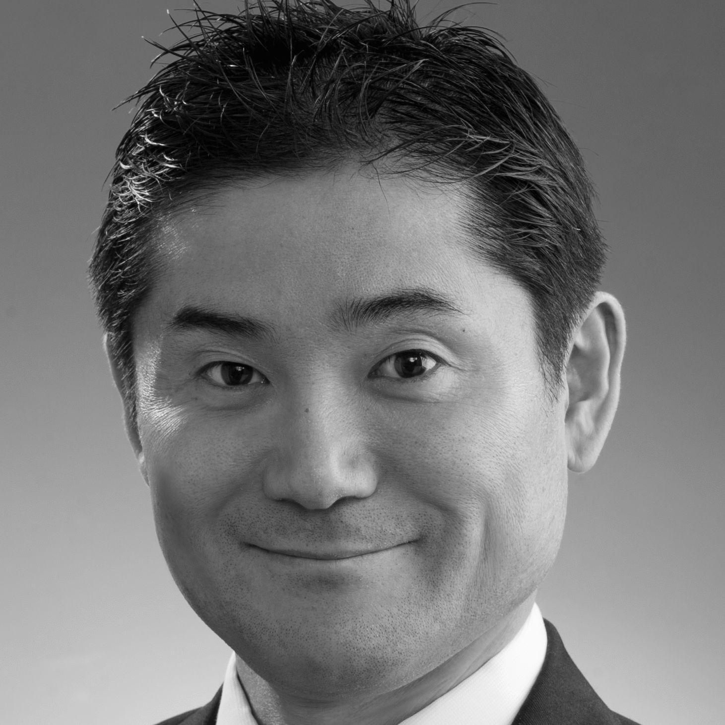 吉田実貴人 Headshot