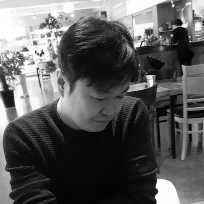 김민태 Headshot