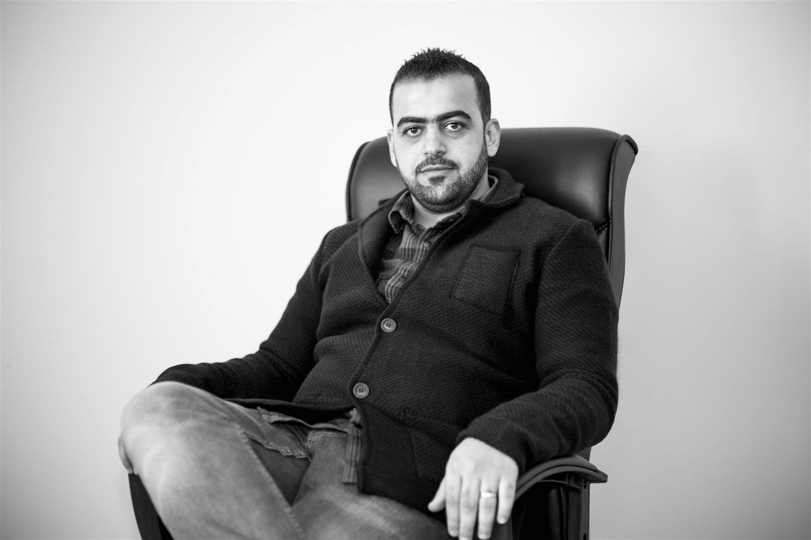 محمد الأسطة Headshot