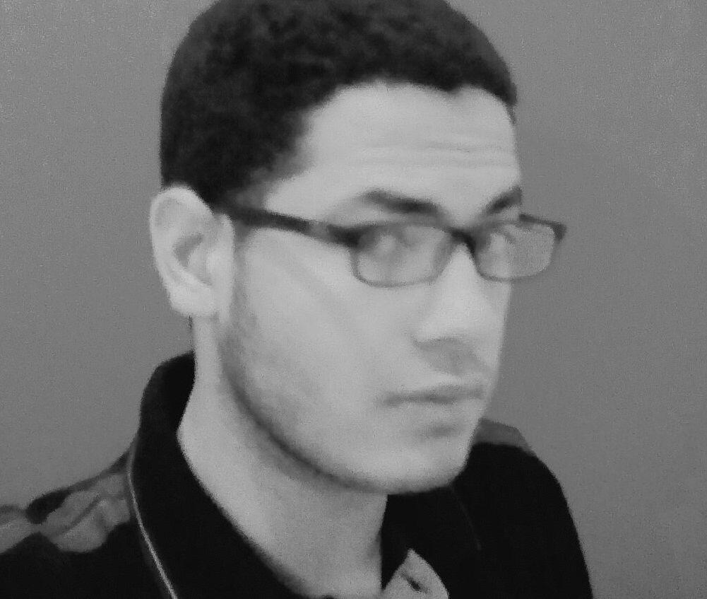 محمد عيسى Headshot