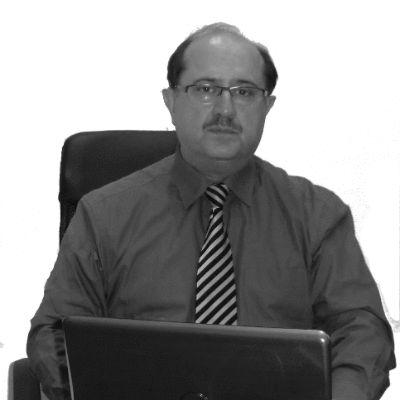 Mohammad Moshiri Headshot