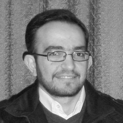محمد الأحمر  Headshot