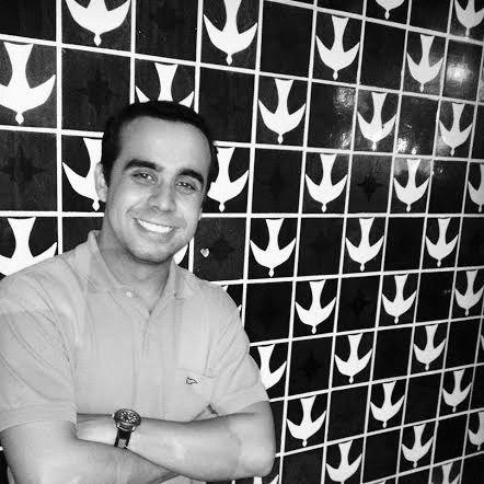 Morillo Carvalho Headshot