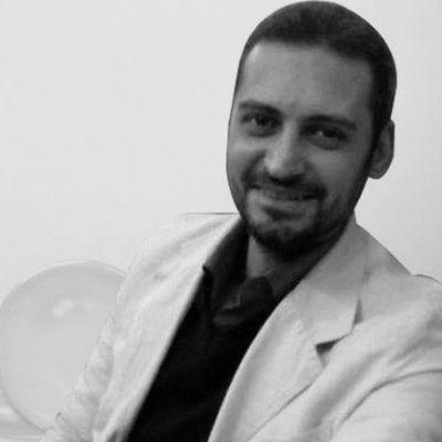 مصطفى السمان Headshot