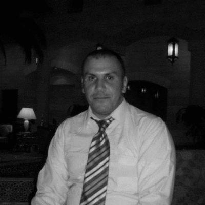 معاذ يوسف Headshot