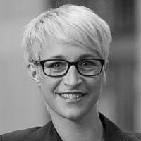Nadine Schön Headshot