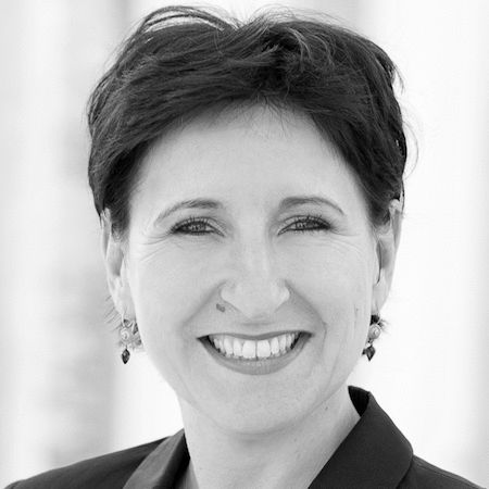 Dr. Nadja Tschirner Headshot