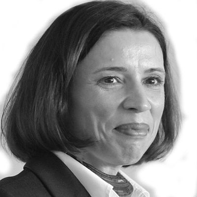 Nandine Meyden   Headshot