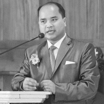 Dr. Nehginpao Kipgen