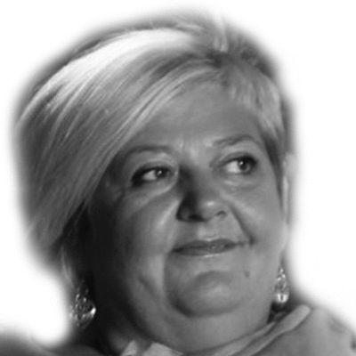 Nela Hasic Headshot