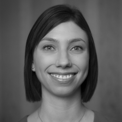 Nicole Allen Headshot