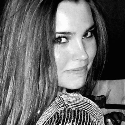 Nicole Garton Headshot
