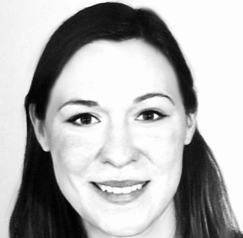 Nicole Pollmann Headshot