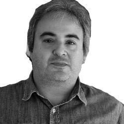 Νίκος Μάντζαρης Headshot