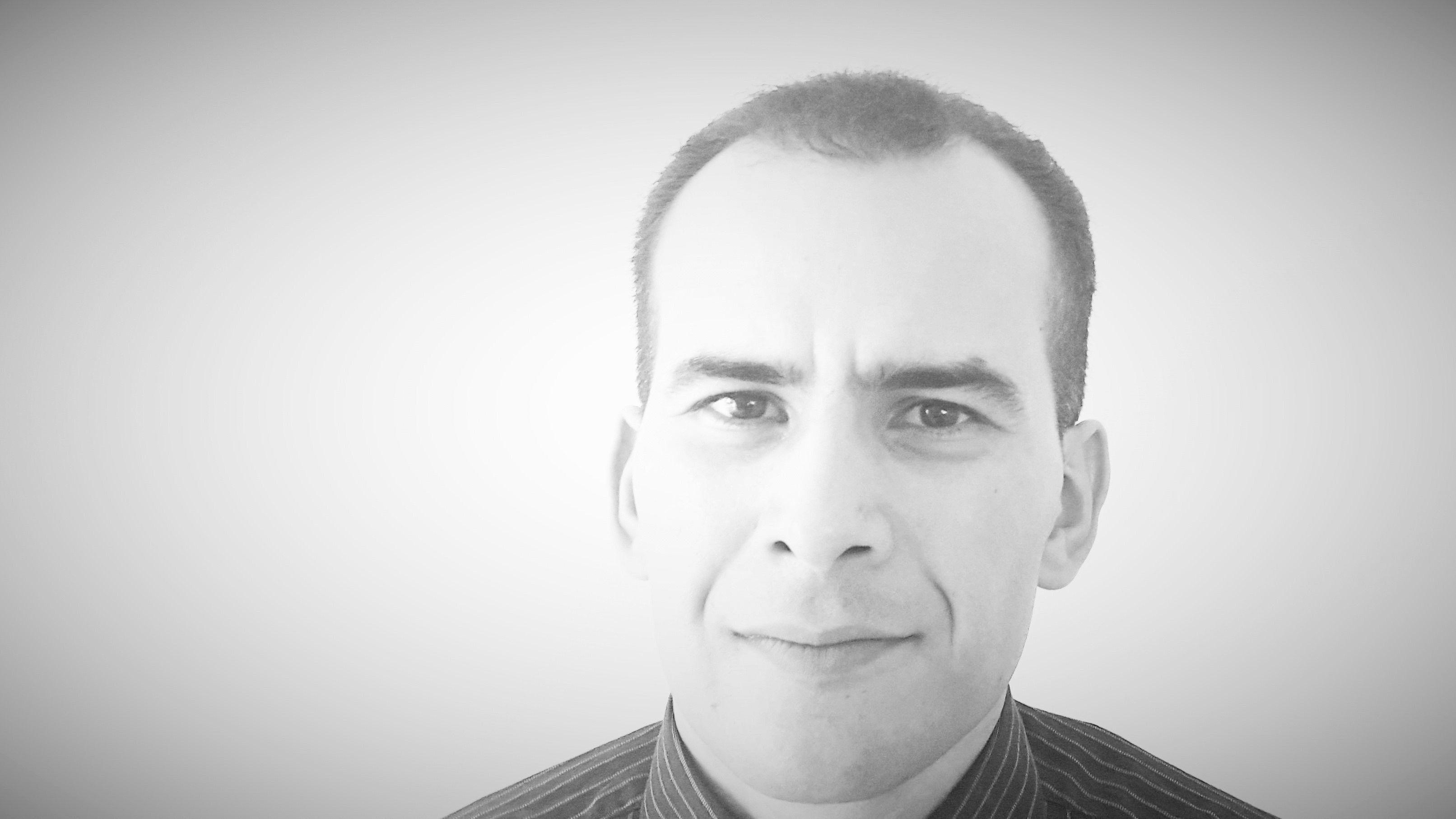 Nizar Fassi Headshot