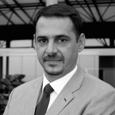 نزار نبيل بكر أبو منشار  Headshot