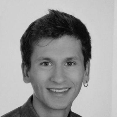 Dr. iur. Oliver Harry Gerson Headshot