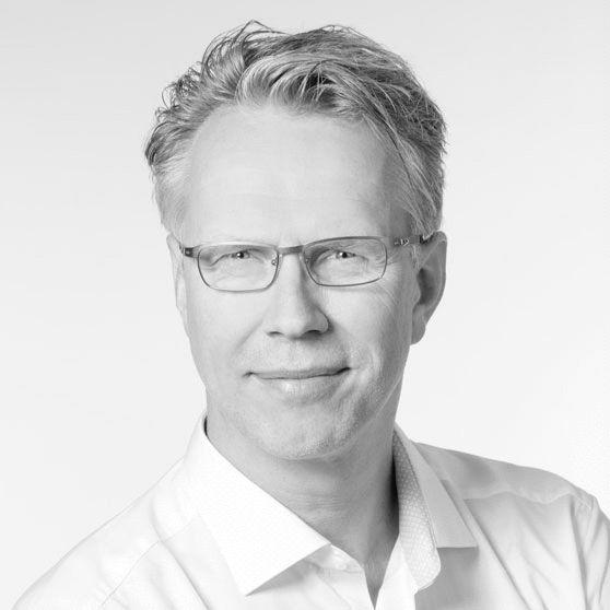 Dr. med. Oliver Oetke Headshot