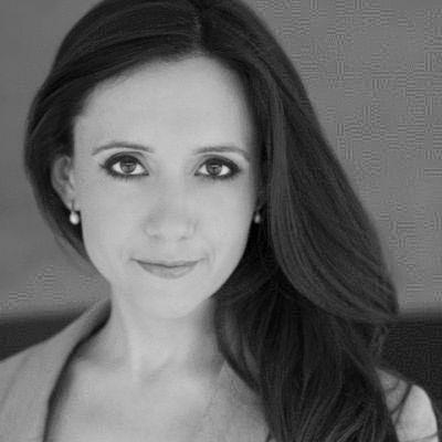Olivia Rosewood Headshot