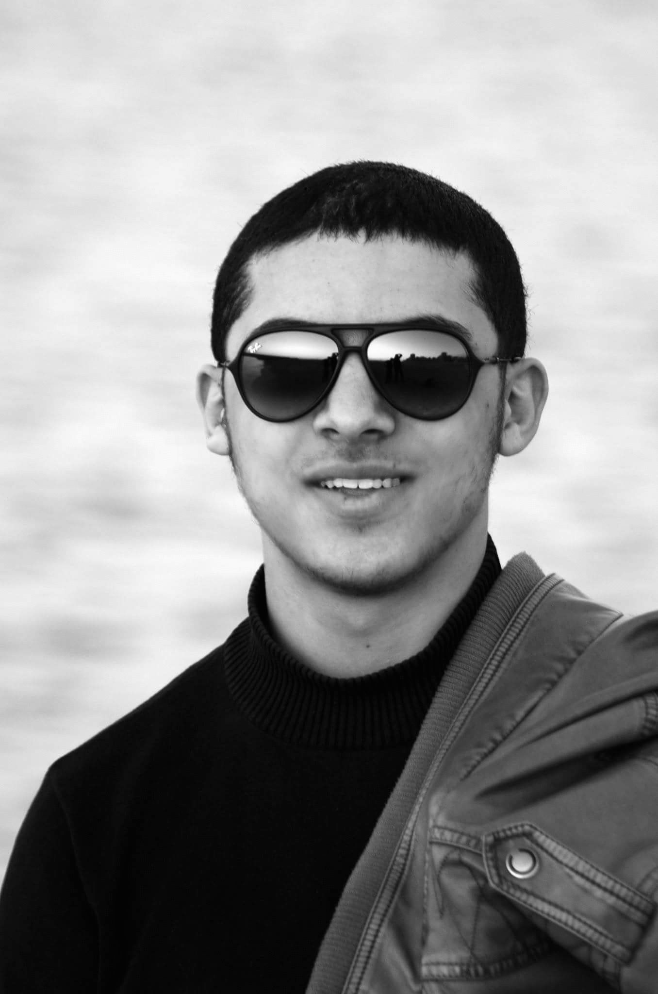 عمر عبدالله حسين Headshot